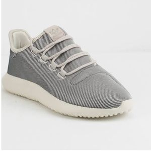 NEW ADIDAS TUBULAR SHDOW GREY